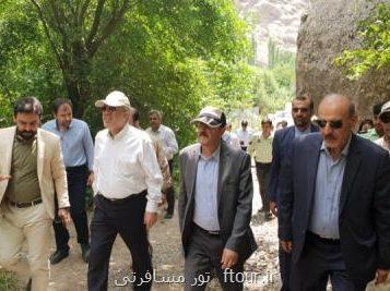 معاون رئیس جمهور از جاذبه های گردشگری الموت بازدید كرد