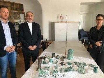 محمد حسن طالبیان خبر داد؛ اشیای مكشوفه در اتریش به نماینده ایران تحویل داده شد
