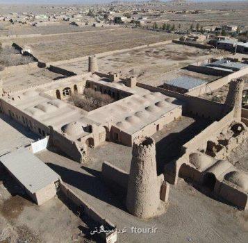 آغاز مرمت بنای تاریخی چهاربرجی یزدان آباد زرند